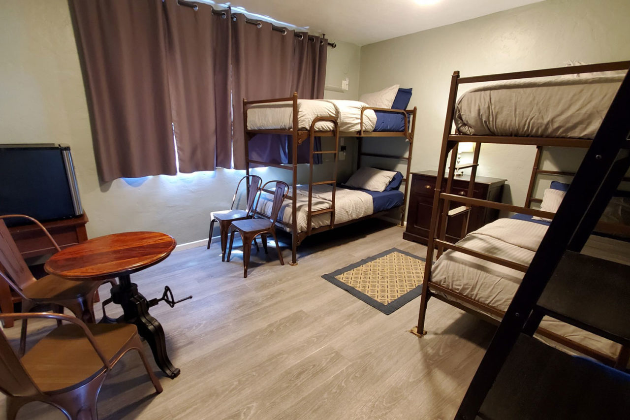 Private 4 bed room at HI San Diego Point Loma Hostel.