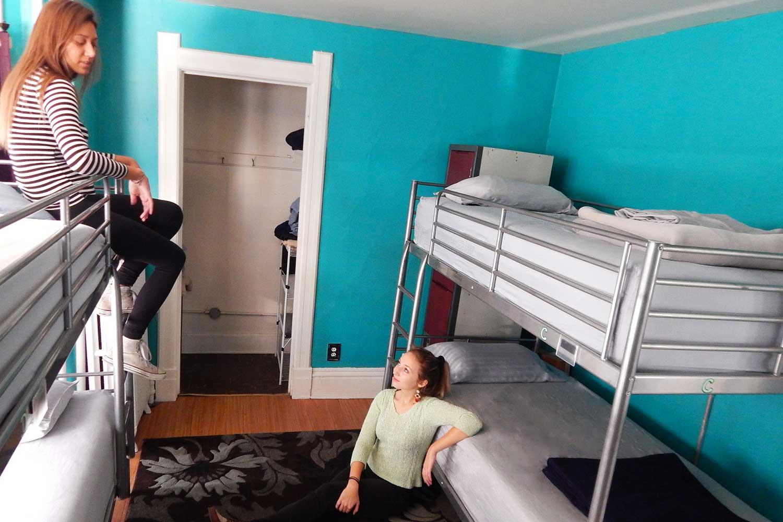 Bunk beds in HI Madison hostel.