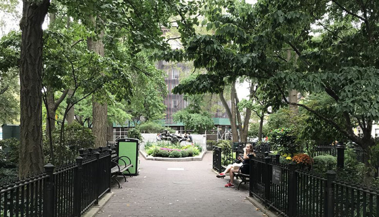 a neighborhood park near HI NYC hostel