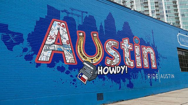 """""""Howdy Austin"""" mural"""
