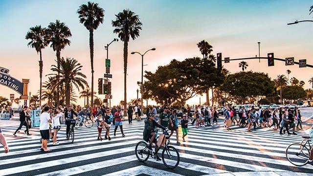 street crossing in Santa Monica